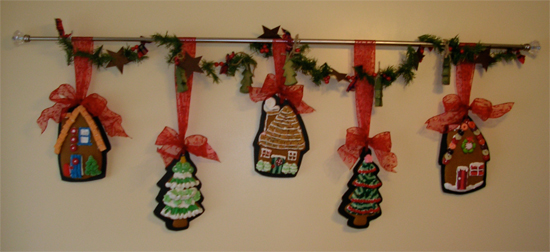 Gingerbread cookie garland